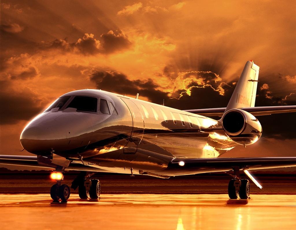Sovereign6Desert-Jet-provides-private-jet-charter-flights-and-aircraft-management-resize